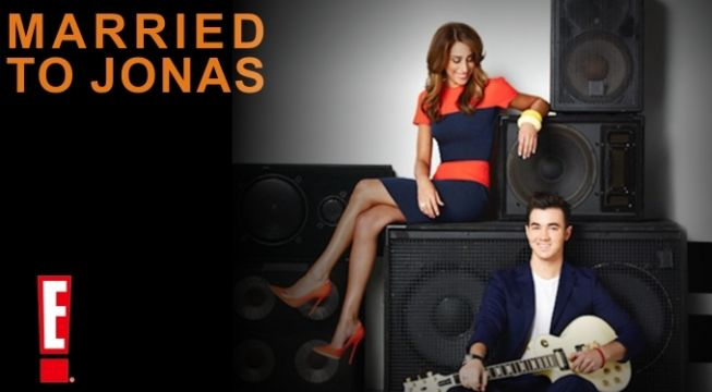 watch Married to Jonas